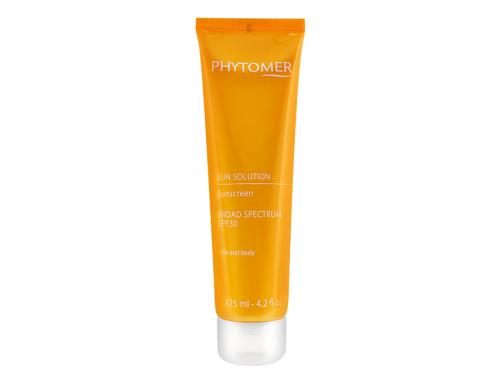 Purchase Phytomer Sun Solution Sunscreen Broad Spectrum SPF 30 sunscreen here.