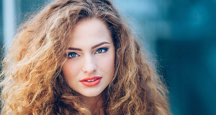 5 Summer Frizz Tamers for Every Hair Type
